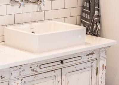 close-up-destressed-bathroom-vanity