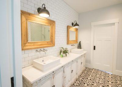 destressed-vanity-custom-bathroom