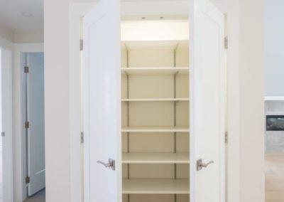 custom-closet-in-chemainus-home