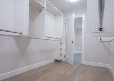 large-walk-in-closet-custom-home