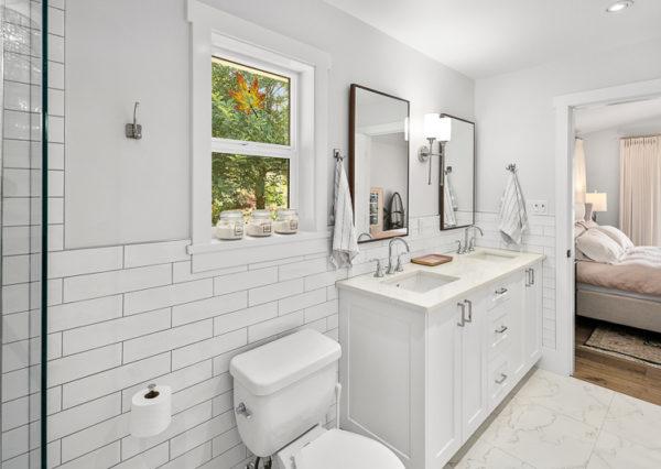 Master ensuite white with subway tile